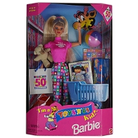 I_m_a_TOYSRUS_Kid21_Barbie_1.jpg